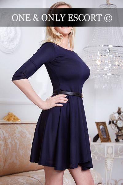 marie escort d sseldorf model stellt sich vor. Black Bedroom Furniture Sets. Home Design Ideas