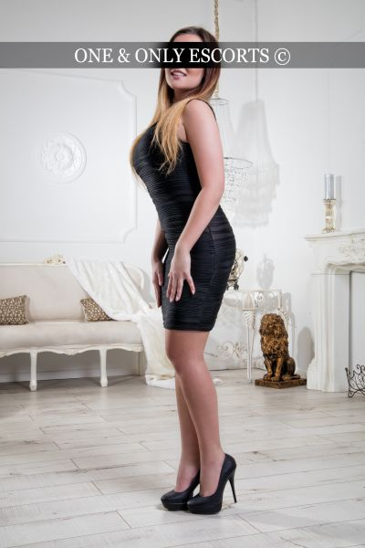 lena escort model aus d sseldorf das erwartet dich. Black Bedroom Furniture Sets. Home Design Ideas